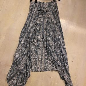 Maxi skirt with a shorter layer inside